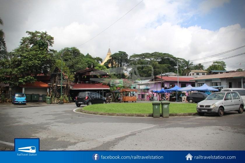 Kuching Penambang The White Barouk Kampung Boyan 028