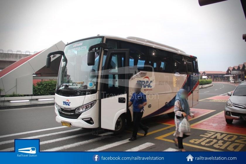 Railink 691692 Shuttle Bus ARS T2 012