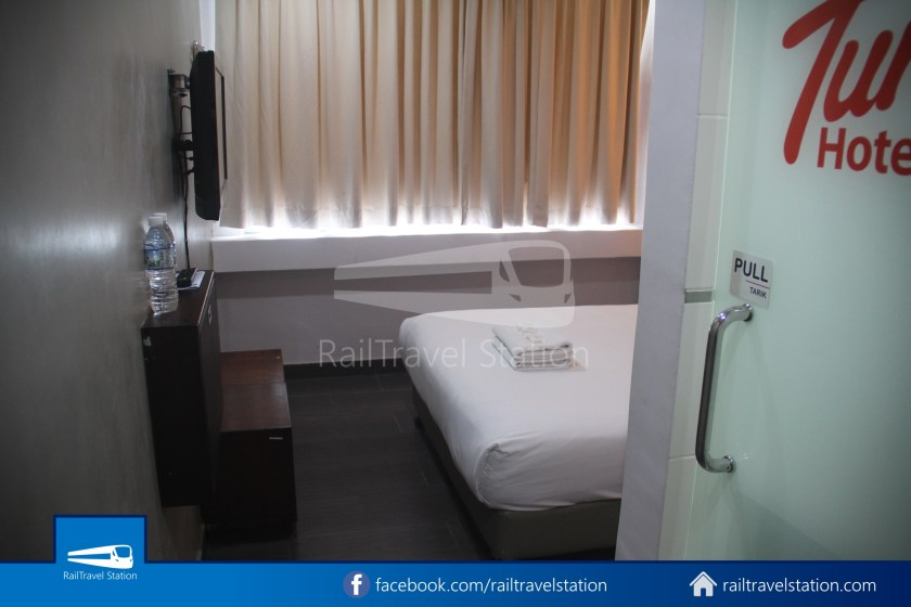 Tune Hotel Waterfront Kuching 006