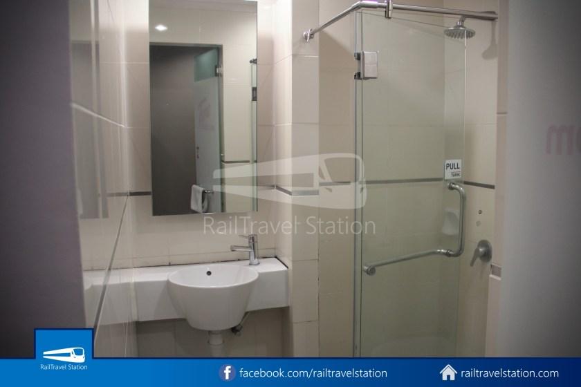 Tune Hotel Waterfront Kuching 015