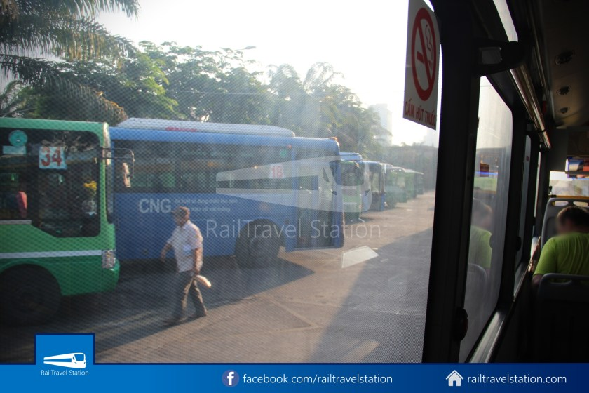 Airport Bus 109 23-9 Park Pham Ngu Lao Tan Son Nhat International Airport 13