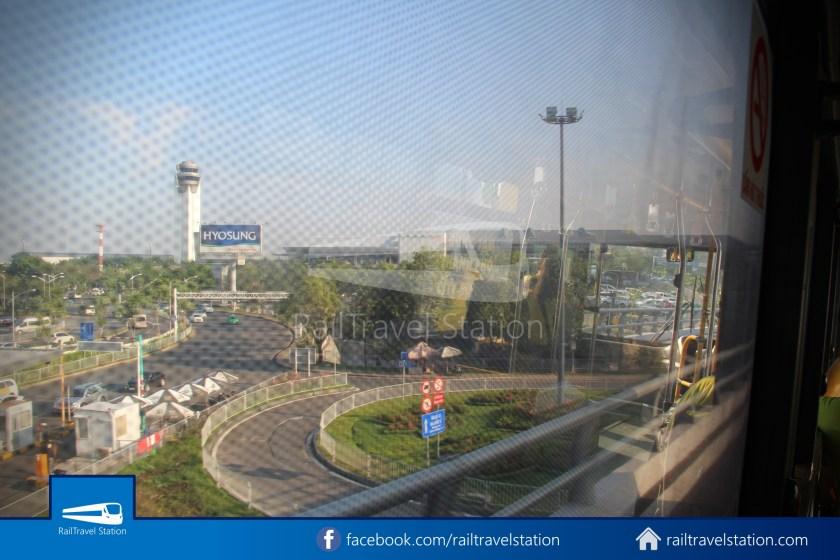 Airport Bus 109 23-9 Park Pham Ngu Lao Tan Son Nhat International Airport 24