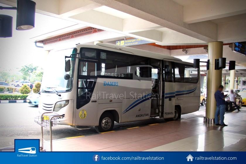 DAMRI Padang Airport Bus 01