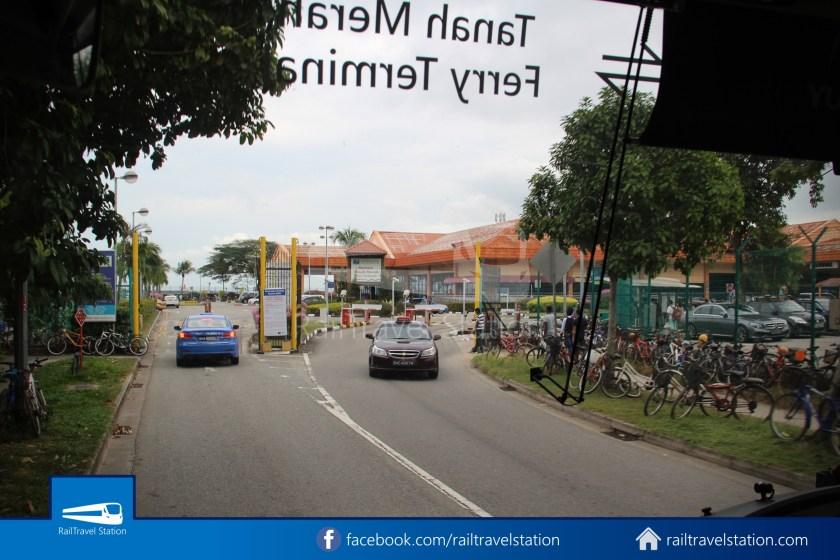 Tanah Merah Ferry Terminal Changi Airport Shuttle Bus 20