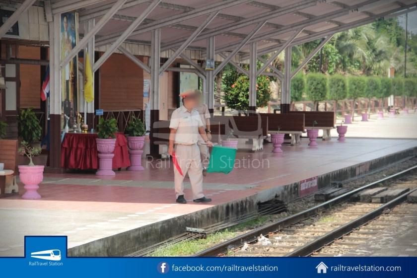 Express 51 Bangkok Hua Lamphong Chiang Mai 2012 045