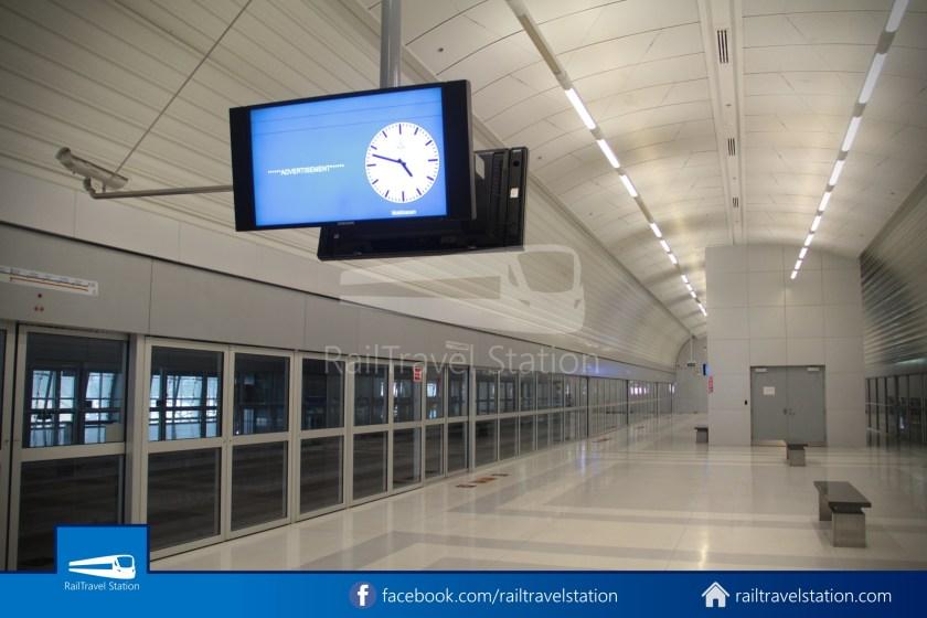 SARL Express Line Makkasan CAT Suvarnabhumi 2012 005
