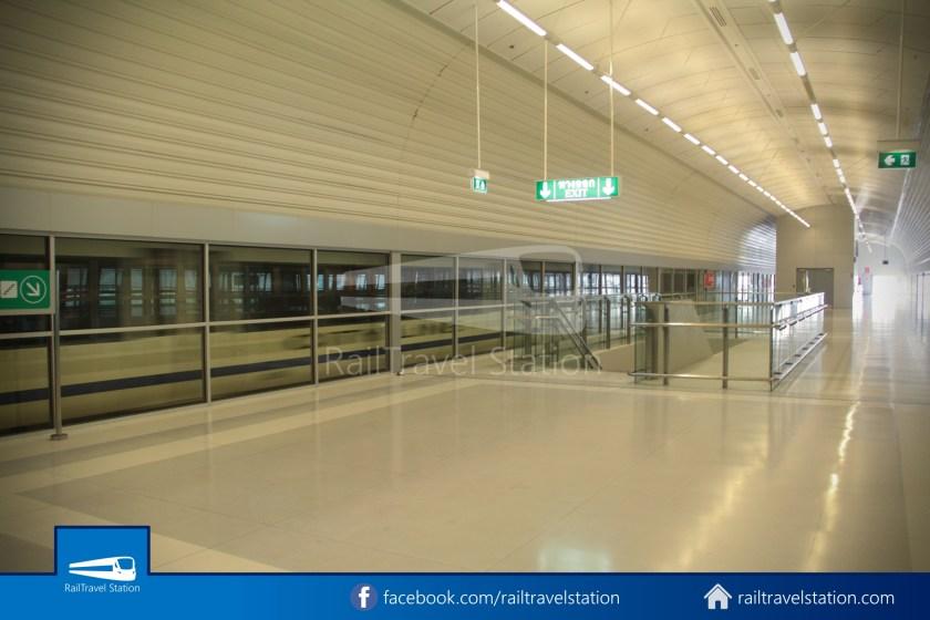 SARL Express Line Makkasan CAT Suvarnabhumi 2012 010