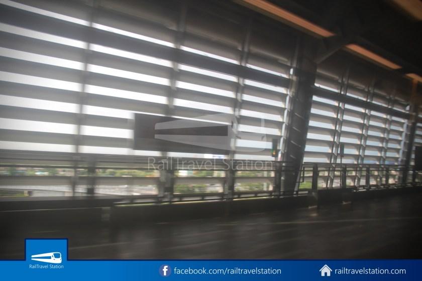 SARL Express Line Makkasan CAT Suvarnabhumi 2012 037