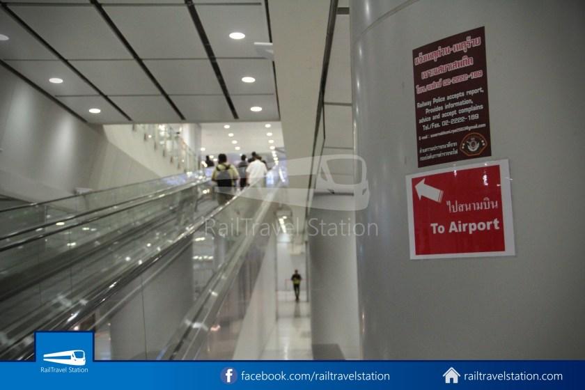 SARL Express Line Makkasan CAT Suvarnabhumi 2012 044