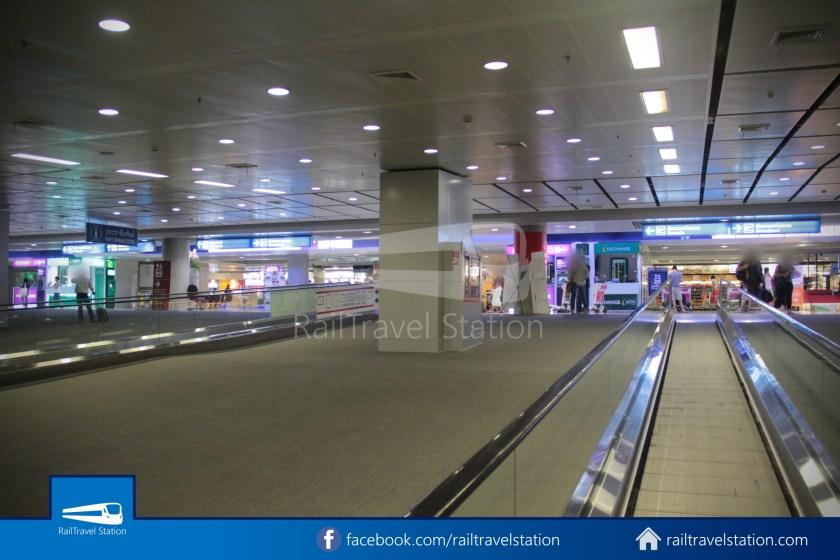 SARL Express Line Makkasan CAT Suvarnabhumi 2012 051