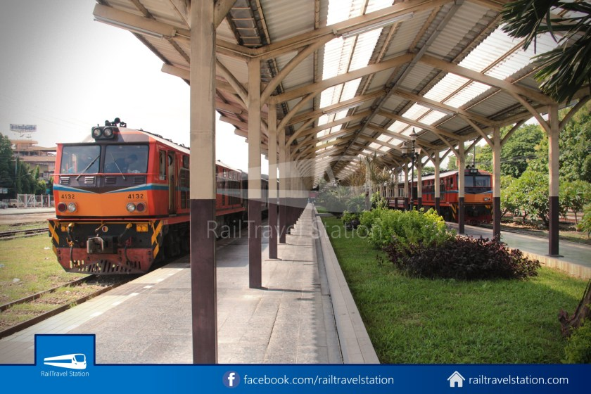 Special Express 14 Chiang Mai Bangkok Hua Lamphong 2012 010