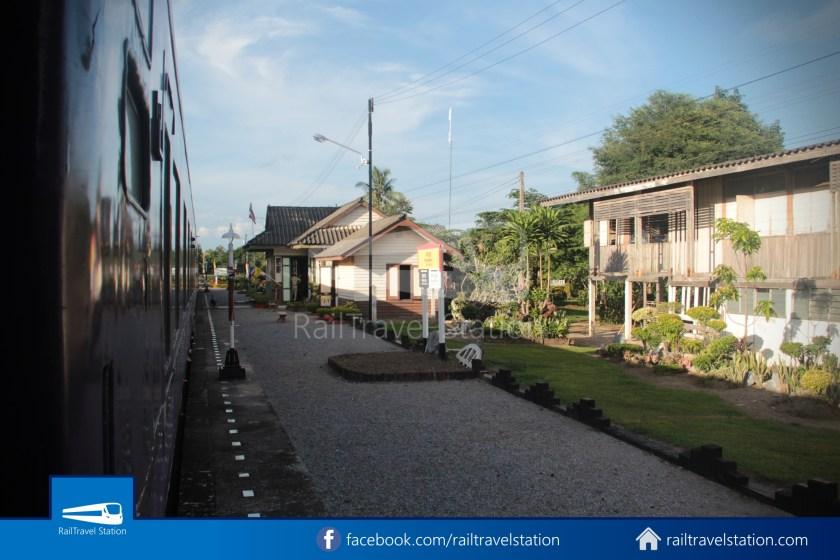 Special Express 14 Chiang Mai Bangkok Hua Lamphong 2012 032