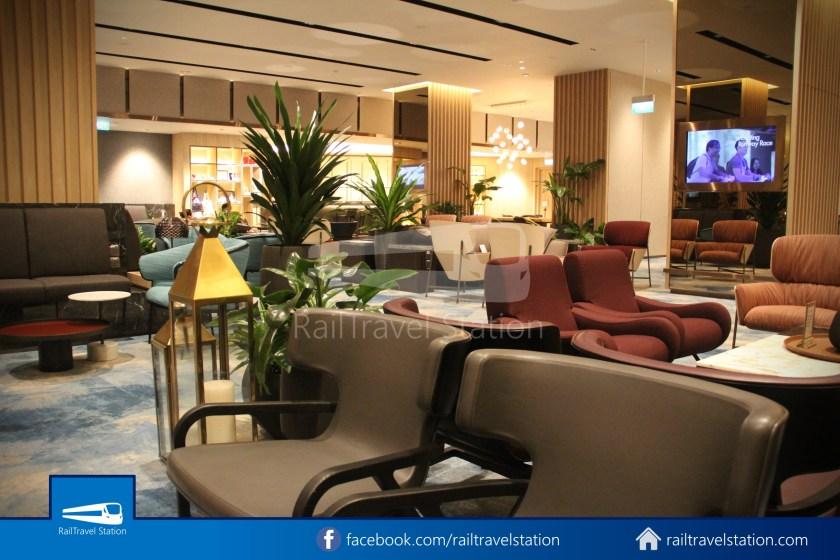 Changi Lounge $12 028