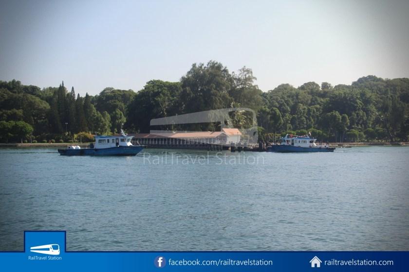 Marina South Ferries Kusu Island St John Island Marina South Pier 023