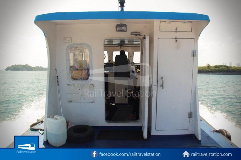Marina South Ferries St John Island Kusu Island 008