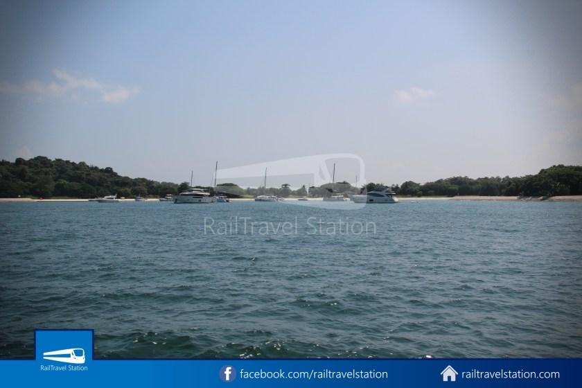 Marina South Ferries St John Island Kusu Island 018