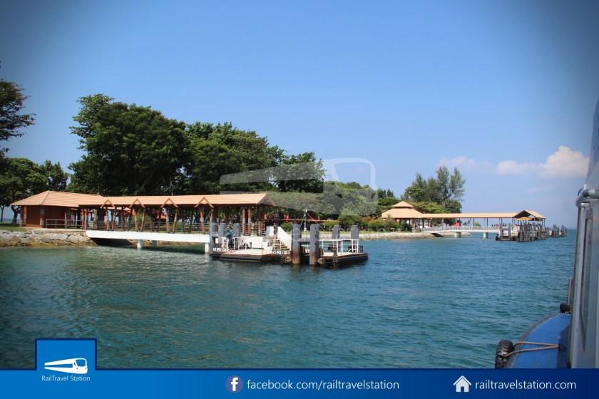 Marina South Ferries St John Island Kusu Island 022