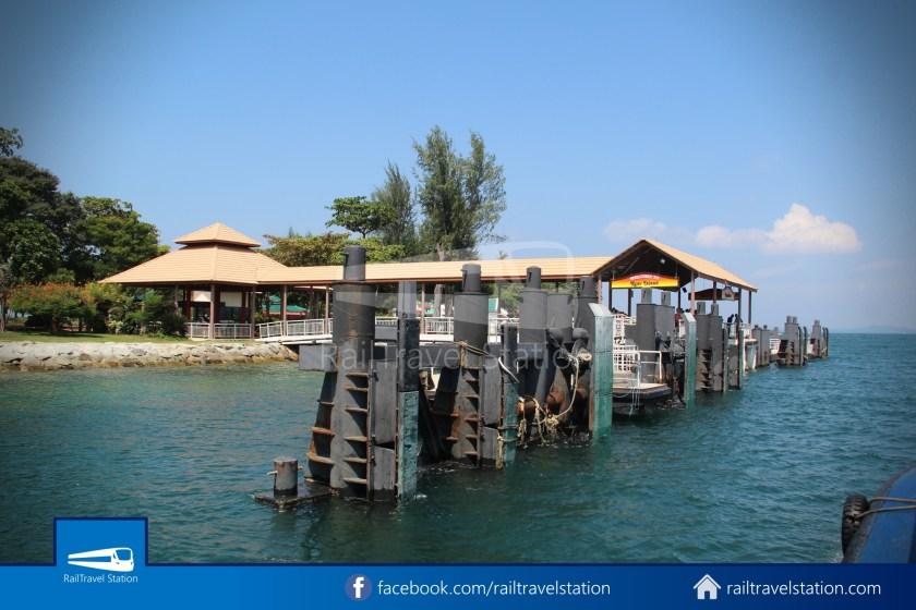 Marina South Ferries St John Island Kusu Island 023