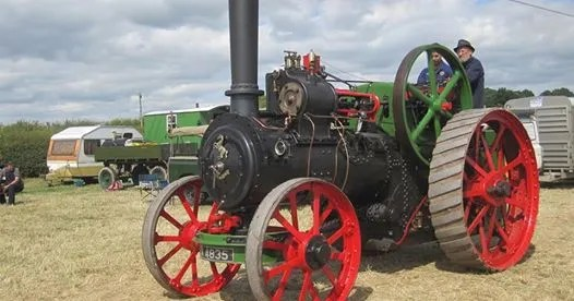 Traction engine at Barton Under Needwood Steam Rally