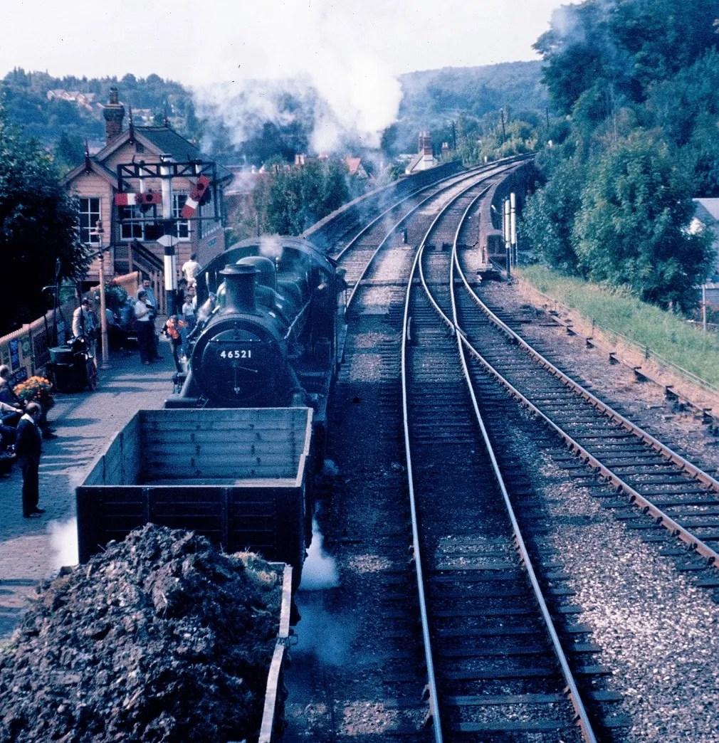 Class 2 - 46521 - freight train - Bewdley station