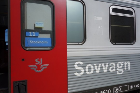Arctic circle sweden train