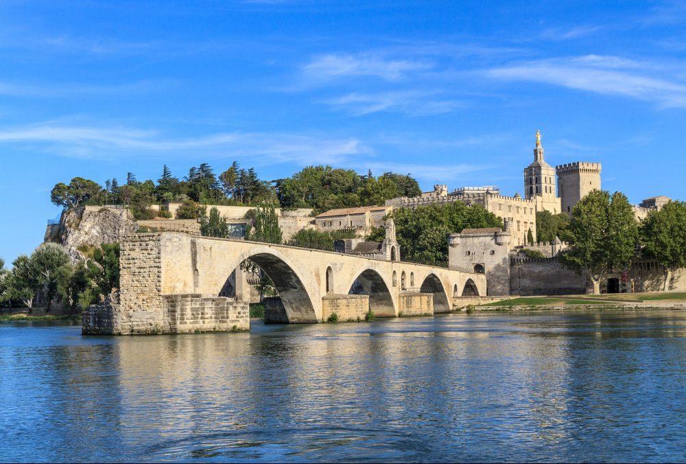 London to Avignon train