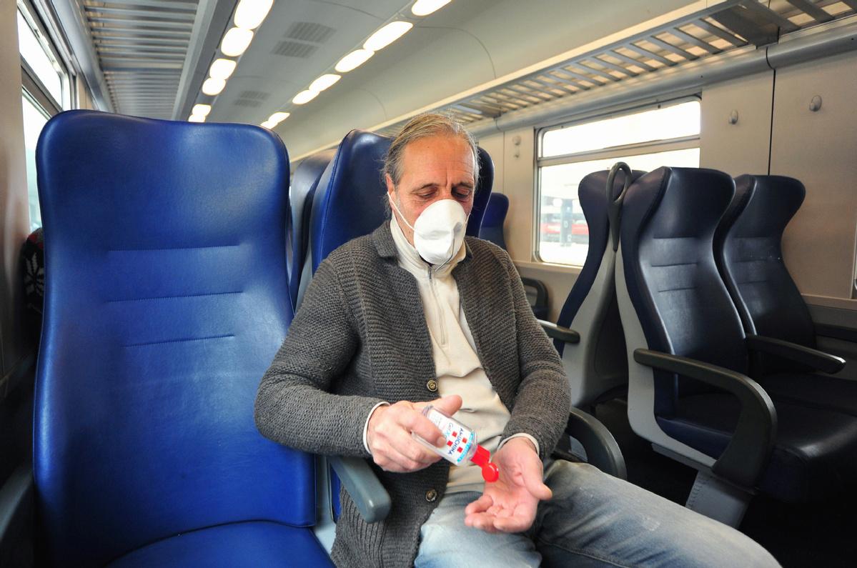 coronavirus on a train