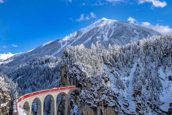winter train journeys