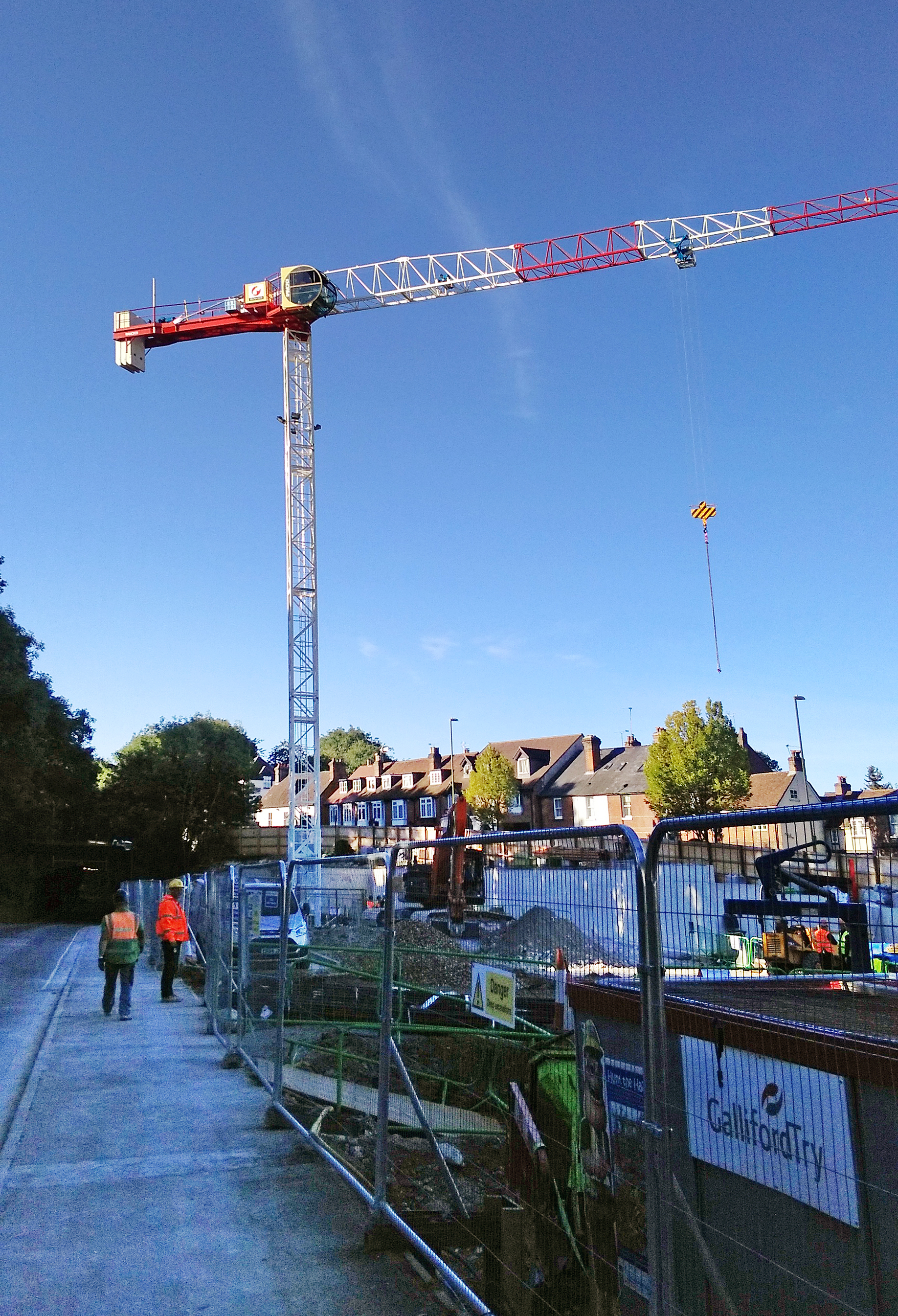MRT84 erected by the Raimondi agent Bennetts in Winchester city, Hampshire, England.