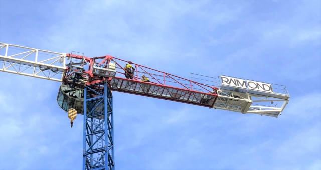 Official Raimondi agent Strictly Cranes erects Raimondi MRT144 as part of Crane Management Program