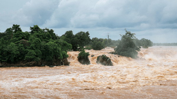 Новый фокус для ежедневной экстренной медитации: серьёзное наводнение в Мозамбике после циклона Кеннет 1