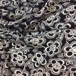 Viskose i svart med mønster
