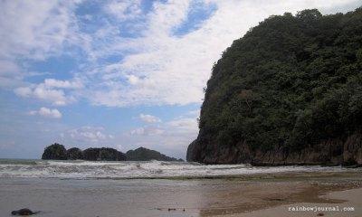 Beachfront at Gota Village Caramoan