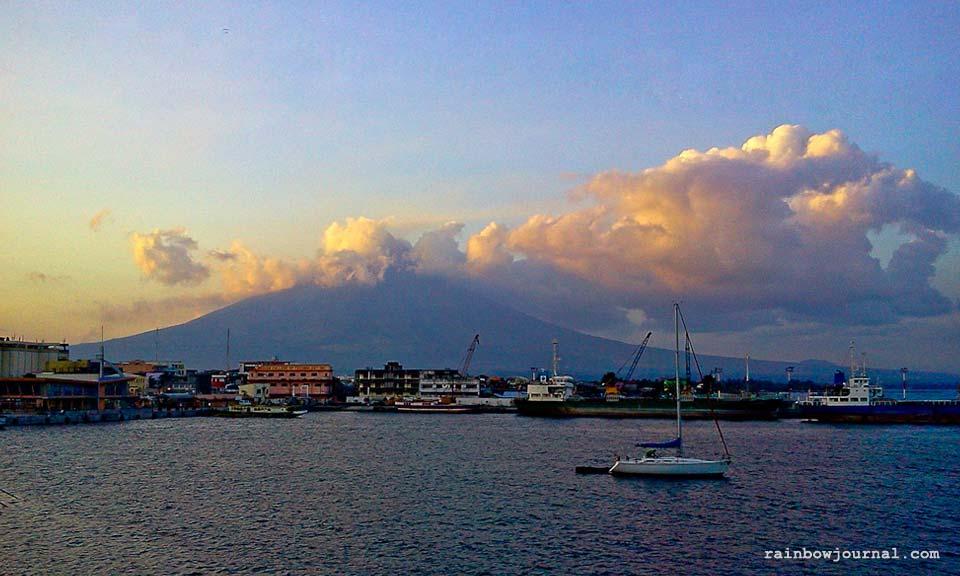 A view of Mayon from Embarcadero de Legazpi
