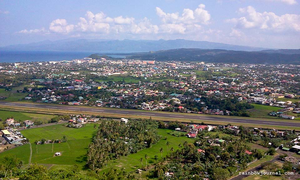 A view of the city of Legazpi from Lignon Hill
