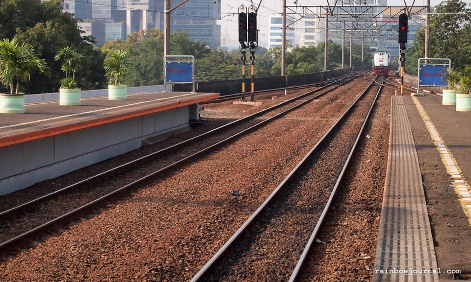 Jakarta to Yogyakarta by Train: A Scenic Eight-Hour Train Ride I Slept Through
