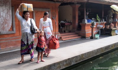 Laying offerings is a family affair in Bali