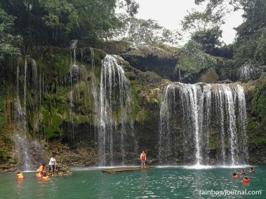 According to the locals, the pool at Bolinao Falls 1 is about 40 feet deep
