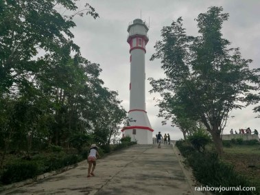 Cars are only allowed halfway up to Cape Bolinao Lighthouse