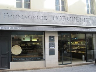 Fromagerie Porcheret for great cheeses