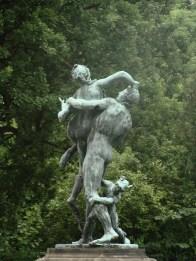 Statuen.