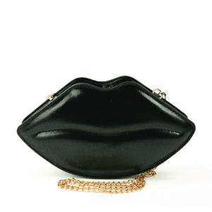 LIPS-BAG-IN-BLACK
