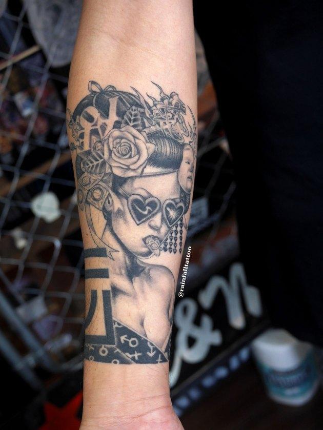 花魁のタトゥーの治り