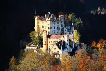 霍恩施萬高 | 高天鵝堡 Schloss Hohenschwangau 浪漫主義的經典