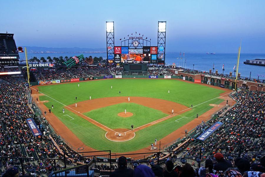 舊金山 | 巨人隊 Giants 主場 AT&T Park,來美國一定要看場 MLB 大聯盟!!