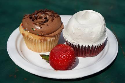 紐約 NO.1 杯子蛋糕 Magnolia Bakery 必選 Red Velvet Cupcakes!!