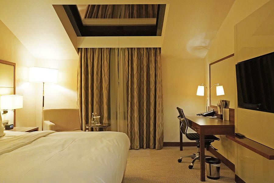 DoubleTree by Hilton Hotel Warsaw 華沙希爾頓逸林酒店,室內泳池、早餐優秀!!