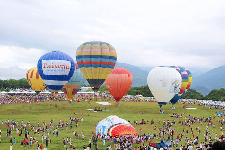 台灣熱氣球嘉年華 Taiwan Balloon Fsetival 台東鹿野高台,再遠都值得一來!!