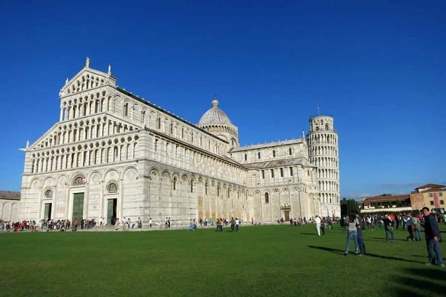 比薩斜塔 Torre pendente di Pisa – 義大利的奇蹟建築,蓋壞也要攻頂!! (影片)