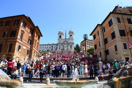 義大利 | 羅馬西班牙廣場 Piazza di Spagna, Rome 走進電影《羅馬假期》的花花世界!!